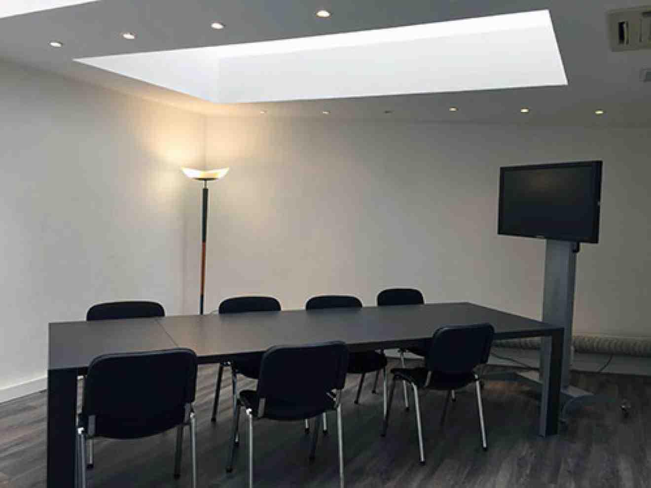 Centre Solférino, Lille, Salle de réunion 2 à 12 personnes.