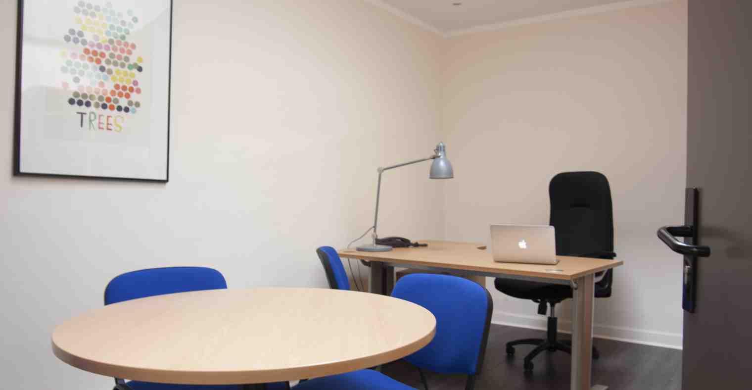 Exemple 4 de bureau à louer, rez-de-chaussée, Centre d'affaires Solférino.