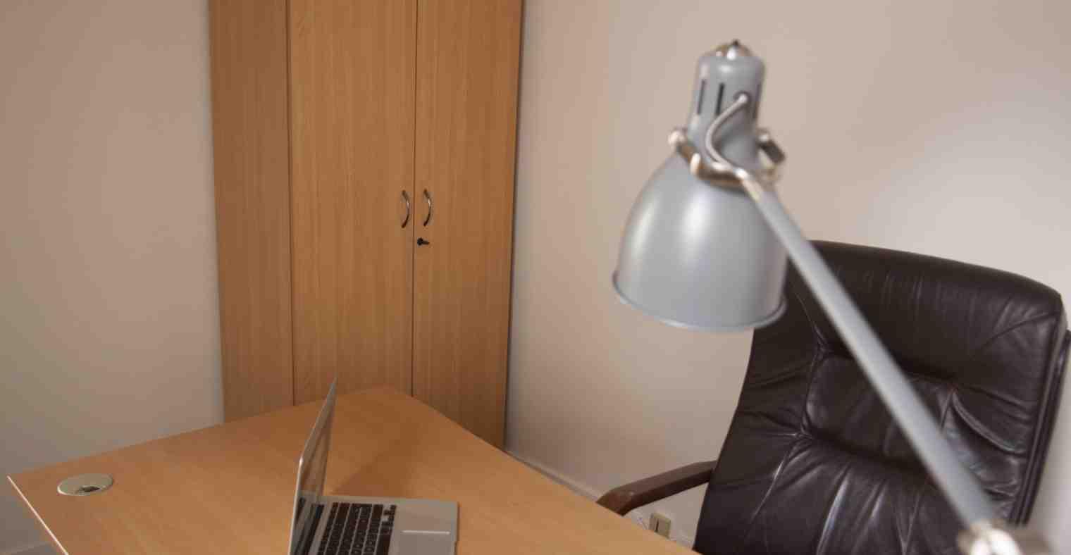 Exemple de bureau au 1/2 étage du Centre d'Affaires Solférino.