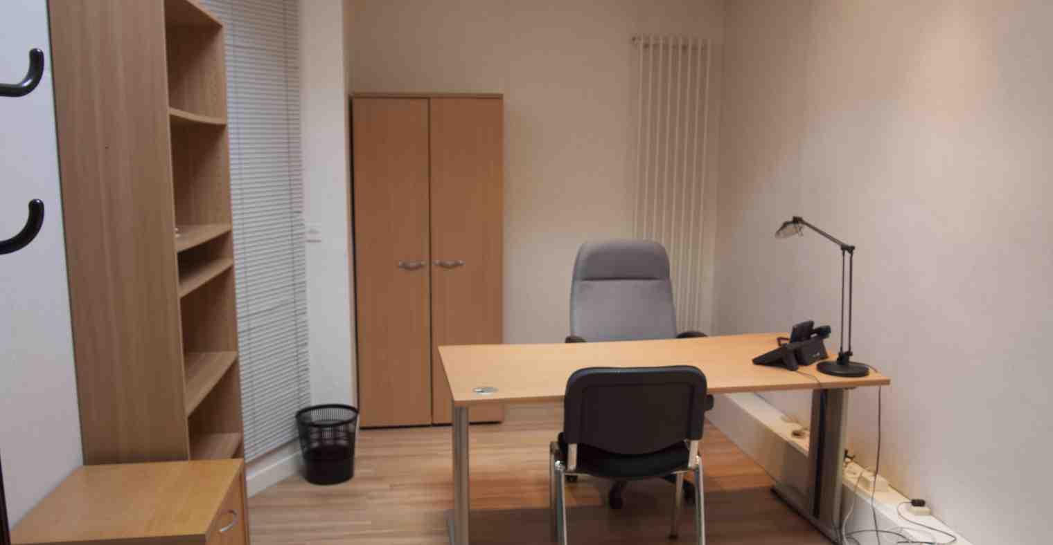 Exemple 2 de bureau à louer, rez-de-chaussée, Centre d'affaires Solférino.