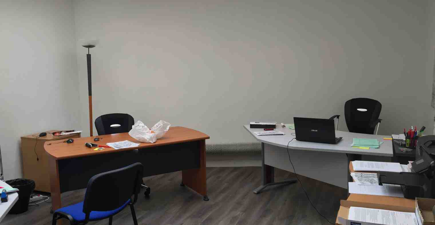 Exemple 3 de bureau à louer, rez-de-chaussée, Centre d'affaires Solférino.
